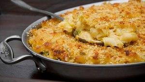 Three-Cheese Macaroni with Leeks, Prosciutto, and Peas |